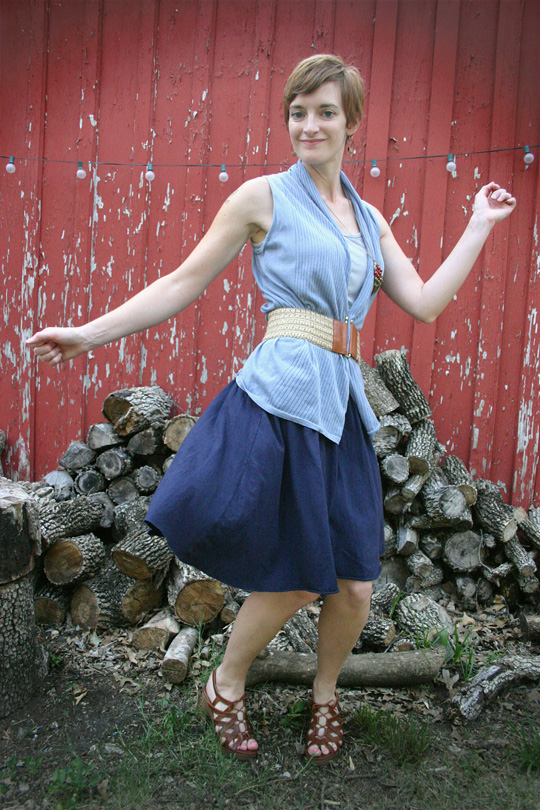 Belted/Unbelted Skirt Outfit