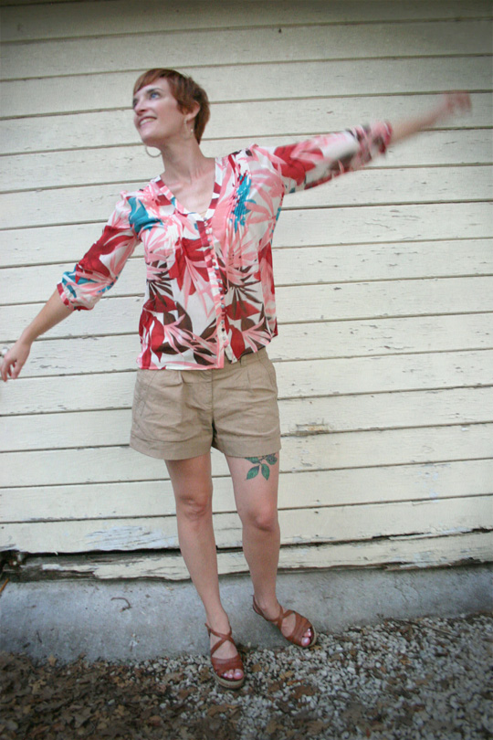 Tropical-Print Blouse with Shorts